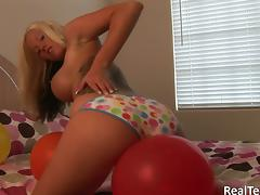 Trisha Storm enjoys rubbing her cooch with balloons