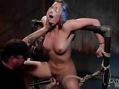 dani daniels gets tied with sadistic rope and fucked