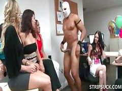 Groupsex with hoes beeing mouth fucked
