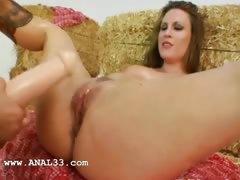 two girsl fucking anal with faggot