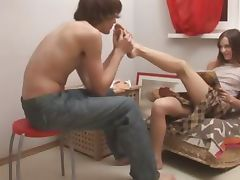 Ivanas suck toes and sexing at home
