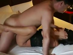 Amateur Asian Threesome