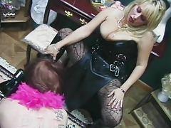 Sissyslave sucking heels