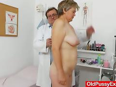 Fabulous blond-haired gets a spacy gyno