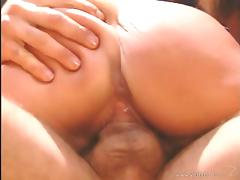 Nici Sterling gives a passionate blowjob and jumps on a cock