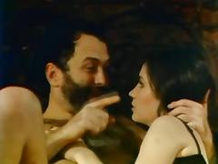Hairy Pussy videos. There are such men who actually like to bang the hairy cunt of a hottie
