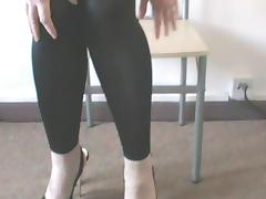 ME IN MY SHINY LEGGINGS WITH A MESSAGE FOR YOU ALL